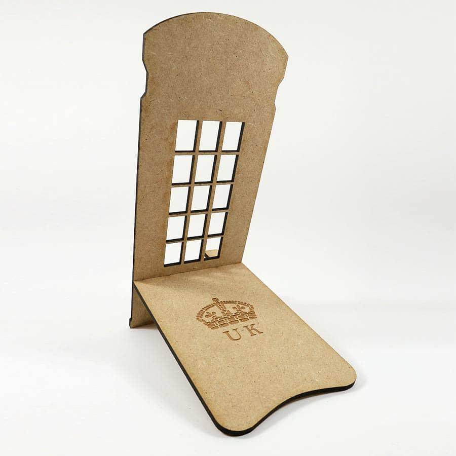 Soporte para móvil con forma de cabina telefónica Londinense en MDF de 3mm