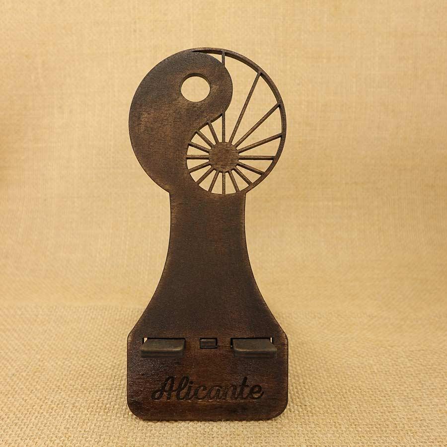 Soporte para Móvil cortado y grabado en madera contrachapada de 5mm - Yin Yang.