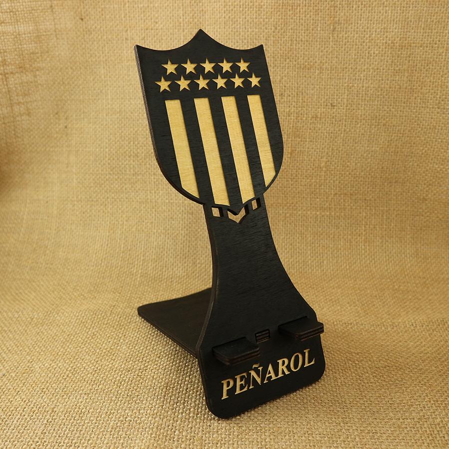 Soporte para Móvil cortado y grabado en madera contrachapada de 5mm - Escudo de Peñarol.