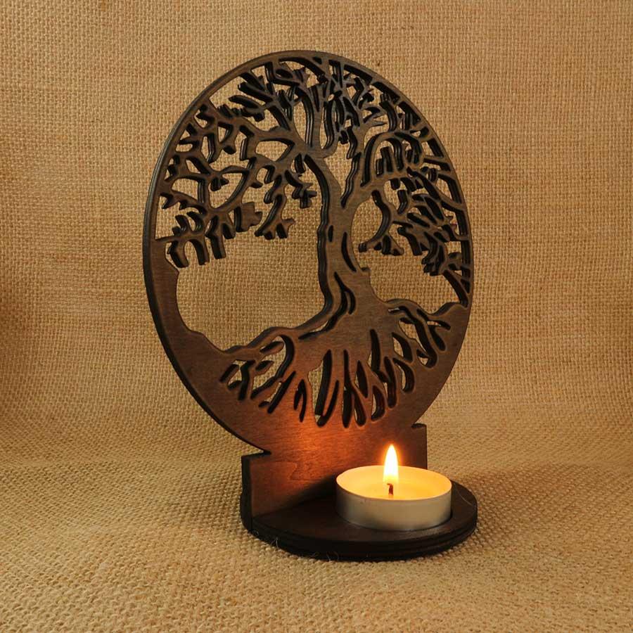 Soporte para vela Árbol de la vida cortado con láser en madera contrachapada de 5mm y teñida con Betún de Judea.