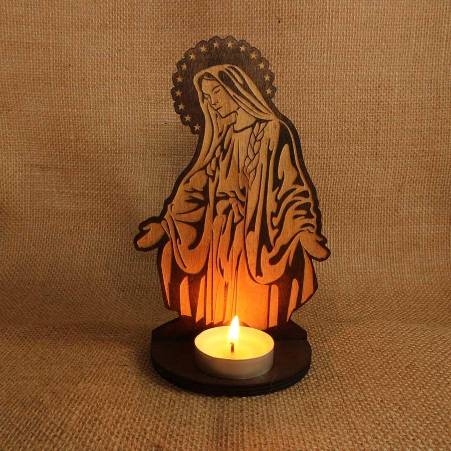 Soporte para vela Soporte vela Virgen María cortado y grabado con láser en madera contrachapada de 5mm y teñida con Betún de Judea.